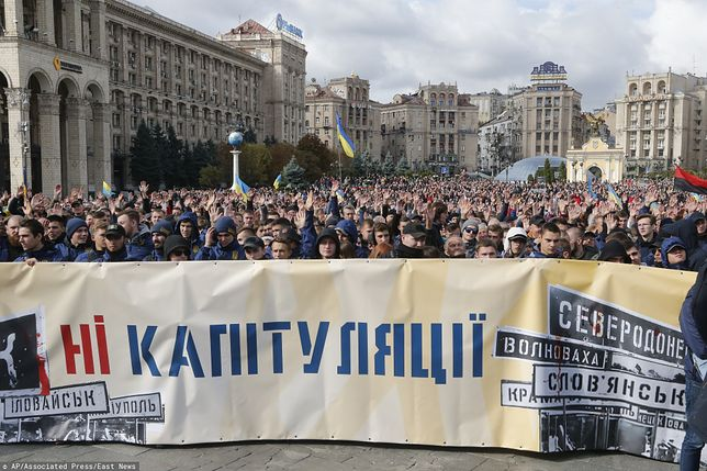 """Protest w Kijowie odbywał się pod hasłem """"Nie dla kapitulacji"""""""