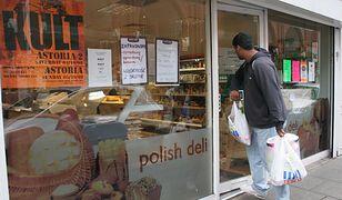 Brexit jest już niemal pewien. Ale Polonia wracać do Polski nie chce. Na zdjęciu polski sklep w Londynie