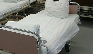 Mieszkania, działki i dodatki do pensji. Szpitale z prowincji kuszą lekarzy
