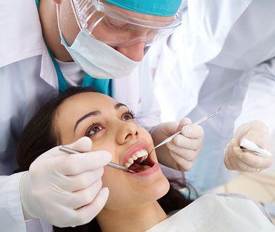Turystyka dentystyczna. Boli cię ząb - jedź za granicę