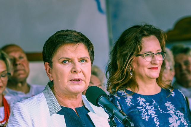 Na zdjęiu Beata Szydło i Agata Wojtyszek
