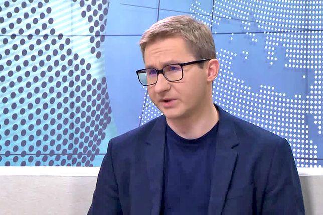 Sławomir Sierakowski: Popieram krytykę Polski za granicą. Wstydzę się za nasz rząd