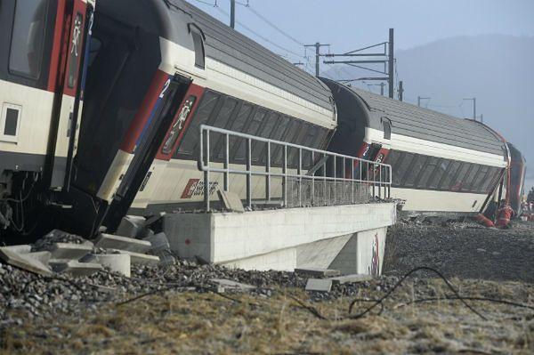 Zderzenie pociągów pod Zurychem, są ranni