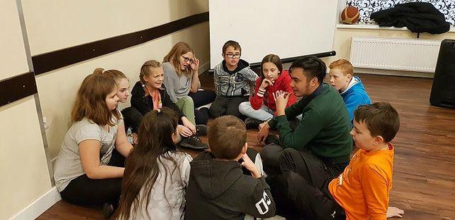 Dzieci ze szkoły w Katowicach podczas zajęć Fundacji EuroWeek