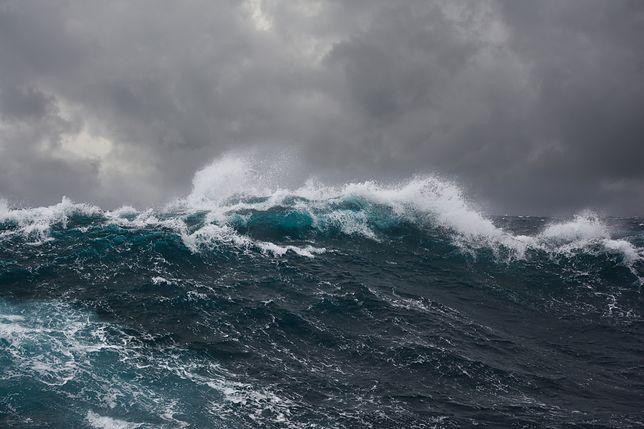 Falę przy brzegach Bałtyku mogą sięgać nawet 5 metrów.