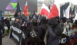 Jedno ze zdjęć, którymi ilustrowano marsz w Warszawie