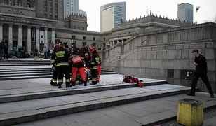 Pierwsi na miejsce samopodpalenia przybyli strażacy