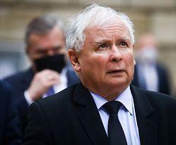 """Kaczyński nie będzie zadowolony. """"Grill u Jarka"""" przed domem prezesa PiS"""