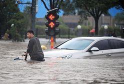 Chiny walczą z kataklizmem. Cud w podziemnym garażu
