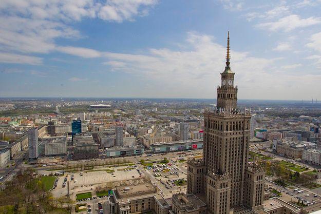 Prokuratura sprawdza zwrot działki na pl. Defilad. Szef warszawskiej palestry poda się do dymisji?