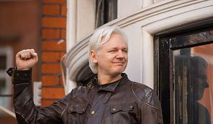 Julian Assange w rękach policji