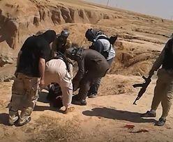 Makabryczne odkrycie w Syrii. Masowe groby ofiar ISIS