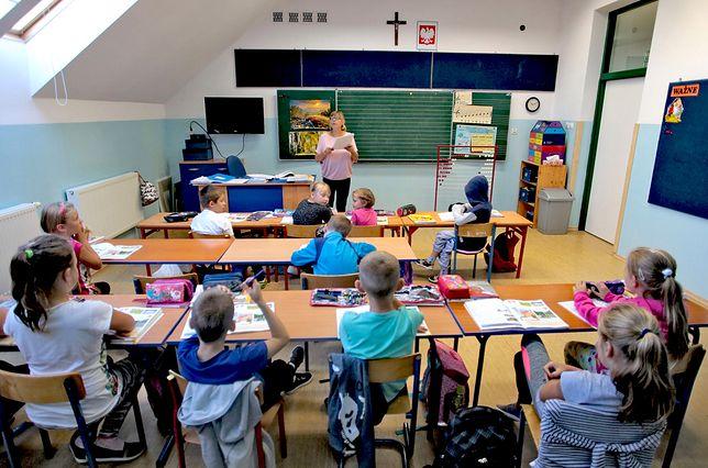 Zaskakujące wyniki badania. Polacy wypowiedzieli się ws. religii w szkołach