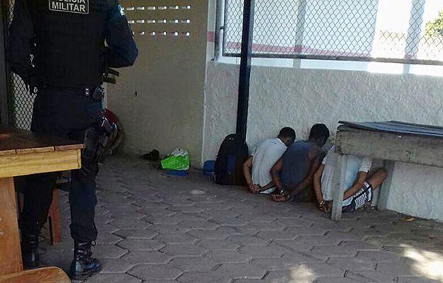 17 więźniów zginęło w walkach gangów w dwóch brazylijskich więzieniach