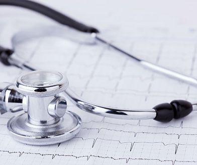Szpital w Słupsku odesłał do domu pacjenta z podejrzeniem zawału. Mężczyzna zmarł