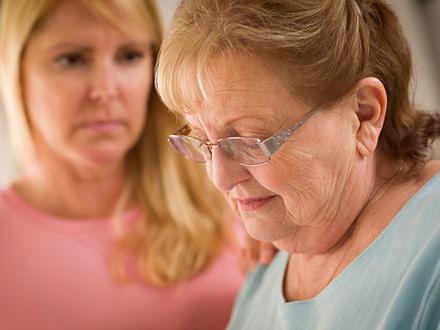 Babcie wychowujące wnuczków częściej zmagają się z depresją