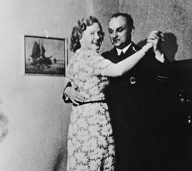 Abażur z ludzkiej skóry - opowieść o Ilse Koch