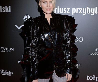"""""""Gwiazdy na dywaniku"""": Joanna Horodyńska w oryginalnej stylizacji"""