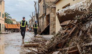 Liczba ofiar powodzi na Majorce wzrosła do dziewięciu. Wciąż szuka się pozostałych kilku zaginionych osób.
