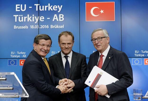 Ahmet Davutoglu, Donald Tusk i Jean-Claude Juncker