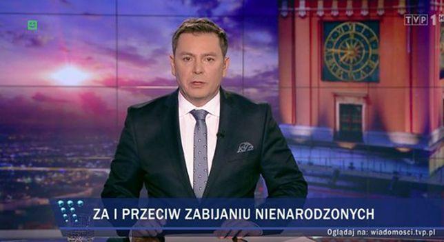 """""""Wiadomości"""" TVP w swoim stylu o Czarnym Proteście. """"Kilka tysięcy w kilku miastach"""""""