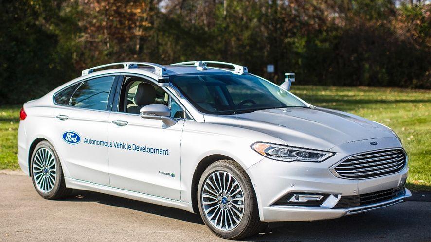 Nowe autonomiczne auta Forda to kolejny krok w usunięciu człowieka zza kierownicy