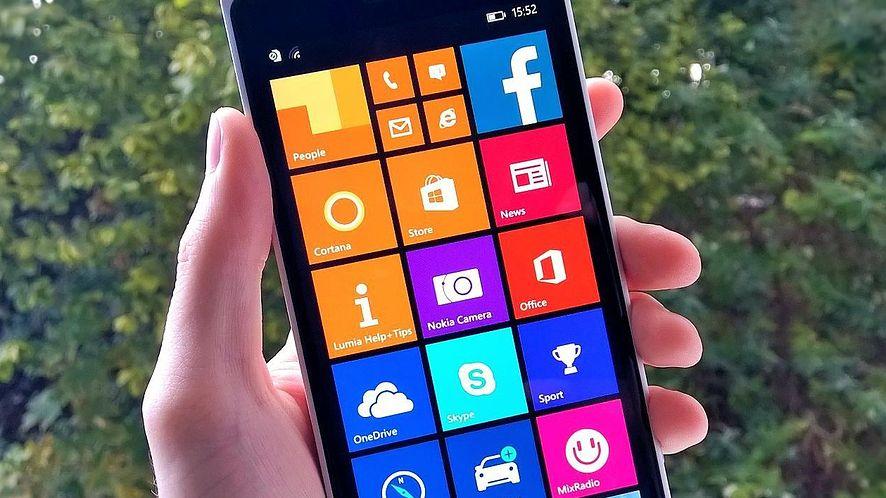 """Nowa wersja Windows Phone wprowadzi """"eksplodujące kafelki""""?"""