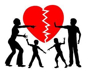 Alienacja rodzicielska - na czym polega, jak wpływa na dziecko?