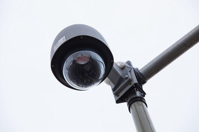 Bielsko-Biała. Na podstawie nagrań kamery policja ukarała mandatami już kilkanaście osób.