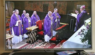 Triduum Paschalne w TV i online. Transmisja mszy świętej online w Wielki Piątek, Wielką Sobotę, Niedzielę Wielkanocną i Poniedziałek Wielkanocny.