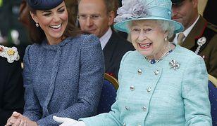 Relacje Kate Middleton i królowej Elżbiety. Ekspertka oceniła mową ciała księżnej