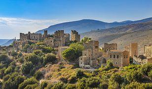 Wieże obronne na Półwyspie Mani to jedna z najbardziej urokliwych części Peloponezu