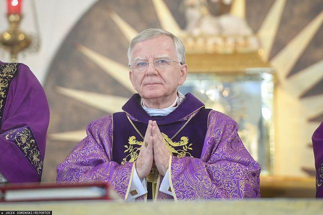Abp. Markowi Jędraszewskiemu nie przeszkodzono w odprawieniu mszy