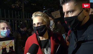 """Strajk Kobiet. Gorąco pod Sejmem. """"Kaczyński oskarżył tych ludzi o przelew krwi"""""""