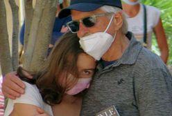 Nastoletnia córka Michaela Douglasa przyłapana na zakupach z rodzicami
