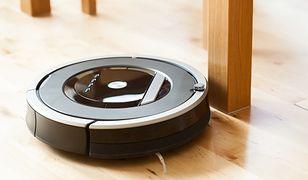 Robot sprzątający może być sterowany smartfonem - to wygodna opcja dla osób często przebywających poza domem.