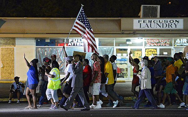 Jedna z demonstracji w Ferguson