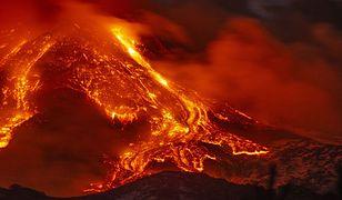 Sycylia. Na włoskiej wyspie doszło do widowiskowej erupcji wulkanu Etna