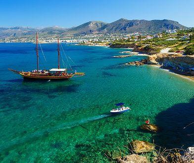 Błękit, róż i hipisi - Kreta i jej niesamowite plaże
