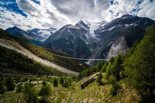 Most w okolicy alpejskiej wioski Randa liczy 494 m i wisi 85 m nad ziemią
