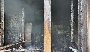 W pożarze w Międzybrodziu Żywieckim spłonęły trzy pomieszczenia.