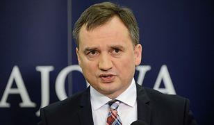 Jest weto Zbigniewa Ziobry. Dotyczy konkluzji Rady Unii Europejskiej i zapisu o osobach LGBTI