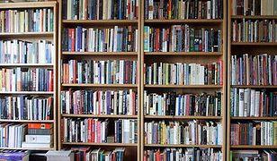 Wydawcy w tym roku tylko minimalnie podnieśli ceny podręczników