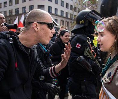Postawiła się neonazistom. Teraz grozi jej niebezpieczeństwo