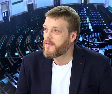 Adrian Zandberg liczy, że lewica niedługo złoży projekt ustawy o związkach partnerskich