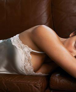 Irina Shayk w kampanii Intimissimi. Seksowna nawet w zwykłym podkoszulku