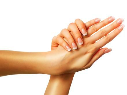 Elegancki i na każdą okazję - francuski manicure