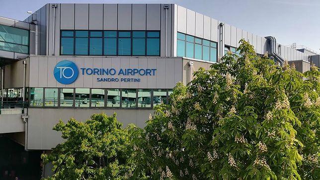 Budynek lotniska w Turynie