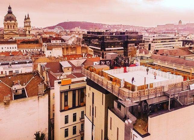 Łyżwy ponad dachami miasta. W Budapeszcie powstało niesamowite lodowisko