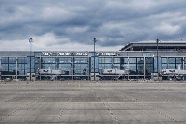 Nowe lotnisko w Berlinie czynne dopiero w 2020 r. Prawie dekadę po czasie